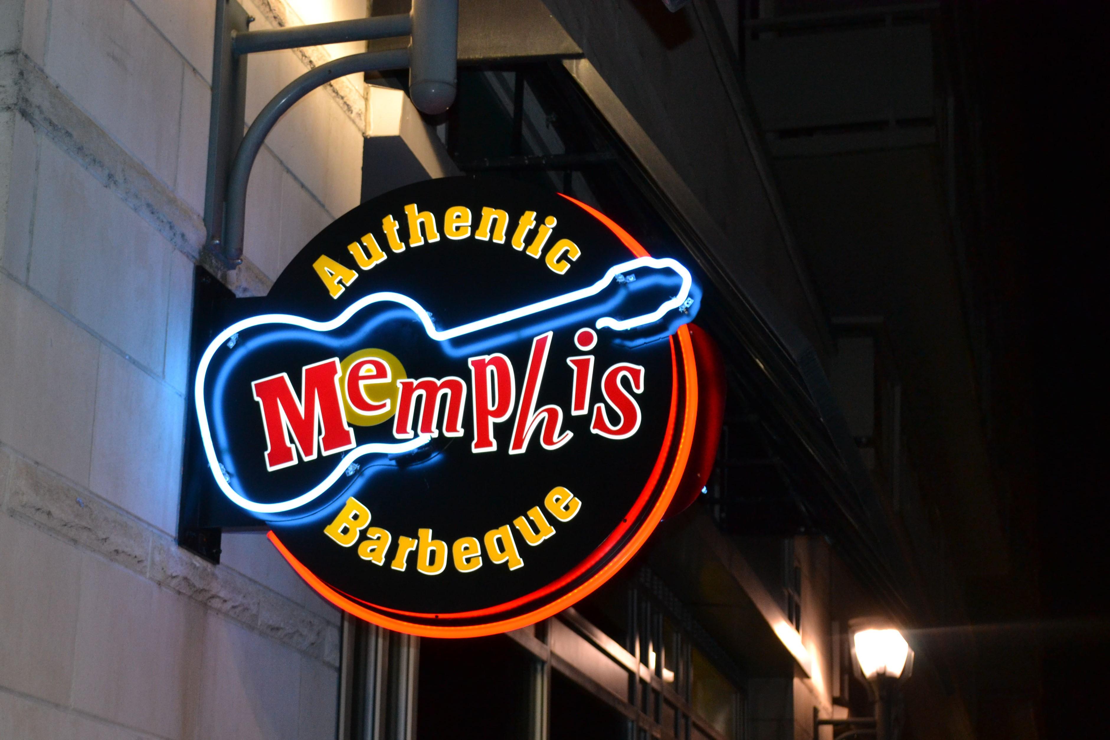 Restaurants Diner Memphis Is Meer Dan Elvis De Plaatselijke Barbecue Het Toppunt Van Soulfood En Houdt Verband Met Blues Geschiedenis Stad